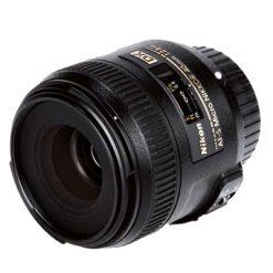 Nikon AF-S DX Micro 40mm f/2.8G Nikkor